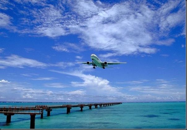 Vista aérea de pistas de aeroportos (4)