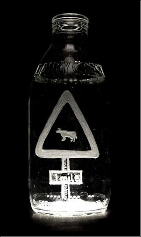 Arte na garrafa de leite por Charlotte Hughes-Martin (29)