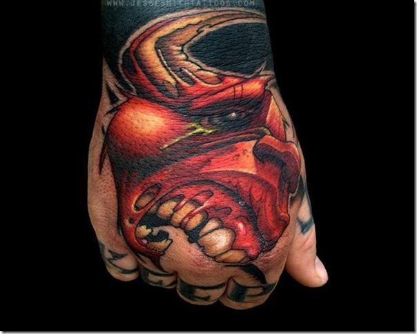 Tatuagens assustadoras por Jesse Smith (9)