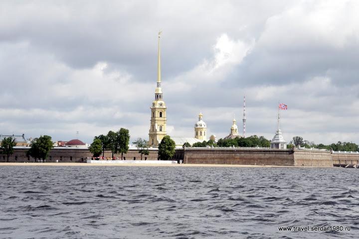 экскурсия по каналам и рекам Санкт-Петербург
