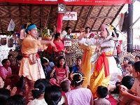 ミャンマー・オカマ祭