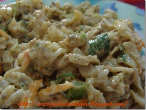salada-de-macarrão-com-sardinha