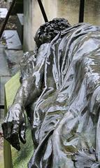Tombe de Louis Auguste Blanqui,cimetière du Père-Lachaise (91e division) à Paris (gisant œuvre d'Aimé-Jules Dalou).