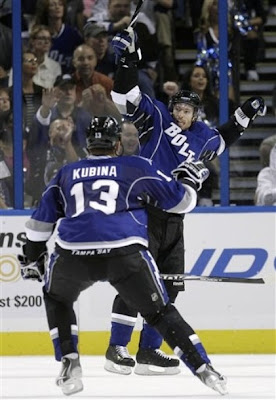lightning_oct9_thrashers3.jpg