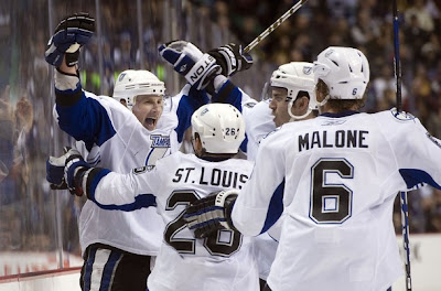 lightning_dec11_canucks4.jpg