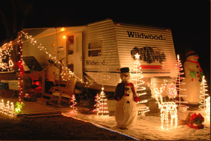 390x261xbert-jane-gildart-rv-christmas-decorations_jpg_pagespeed_ic_b36s_S4rr7