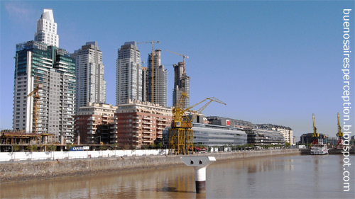 Growing skyscrapers in Buenos Aires' newest quarter Puerto Madero