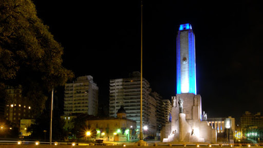 Monument to the national flag of Argentina in Rosario at night
