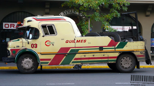 Close Up of a Expreso Quilmes Roadside Assistance Truck in Buenos Aires, Argentina
