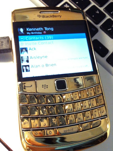 24kt Gold Blackberry Bold2 9700