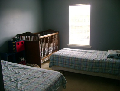 boys room 002