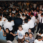 Desamparados Arena Jason giving altar call.jpg