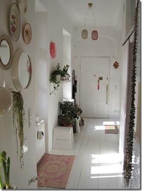 Comprar móveis - via decoraddict - corredor claro e amplo
