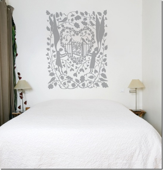 Casa de Valentina - via Oh Joy - quarto clean com adesivo cinza