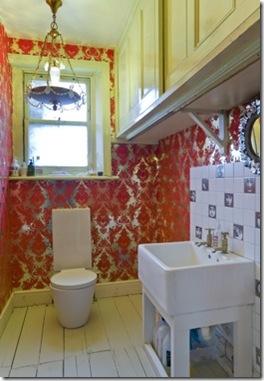 Casa de Valentina - via ShootFactory - Casa Londrina  - lavabo vermelho