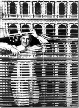 Piero Fornasetti cortina