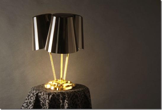 Casa de Valentina - via Mike Mak - Wobbling table lamp 1