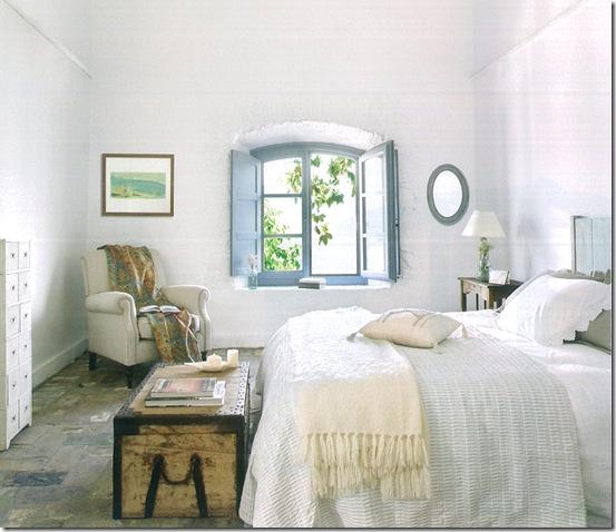Casa de Valentina - quarto azule  branco