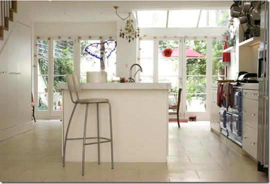 Casa de Valentina - via ShootFactory - cozinha aberta para a família
