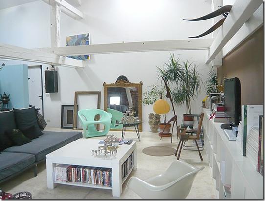 Casa de Valentina - um ouro ângulo da sala de TV