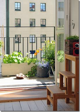 Casa de valentina - Alvhem - vasos na varanda