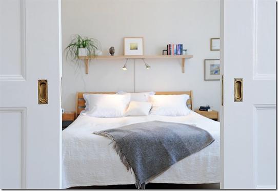 Casa de valentina - Alvhem - iluminação central na cama
