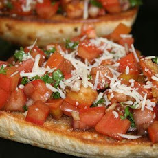 Tomato & Garlic Bruschetta Bread