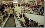 """Centro comercial, """"templos"""" del consumismo"""