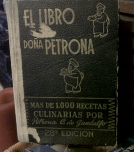 El Libro de Doña Petrona by cocinaconencanto, on Flickr [used under Creative Commons License]