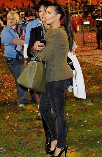 Kim_Kardashian_super_bowl_2010_Hermes_birkin