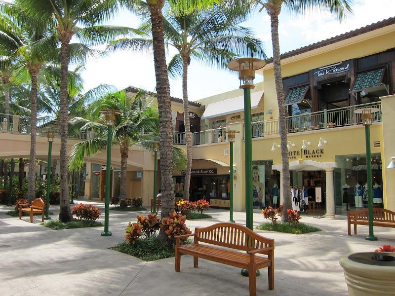 高級ショッピングセンターThe Shops at Wailea