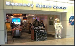 orlando-airport-NASA-shop-1