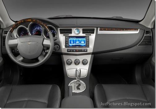 2010-Chrysler-Sebring-4