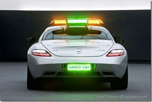 Mercedes-Benz-SLS-AMG-F1-Safety-Car-6