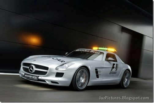 Mercedes-Benz-SLS-AMG-F1-Safety-Car-8
