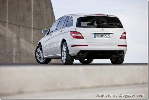 2011-Mercedes-R-Class-15