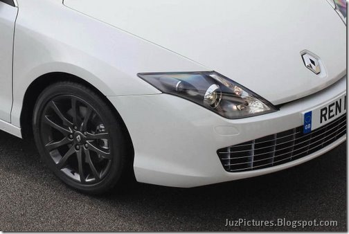 Renault-Laguna-Monaco_7