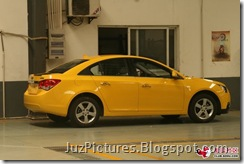 Chevy-Cruze-Bumblebee-side1
