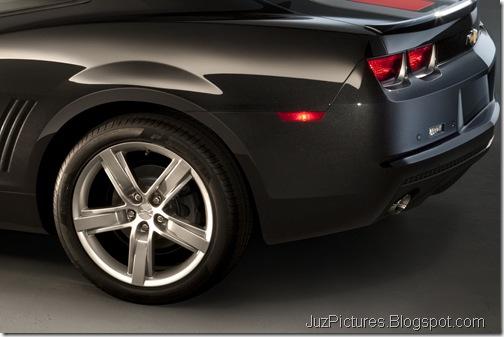 2012-Camaro-45th-SE-11