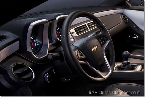 2012-Camaro-45th-SE-13