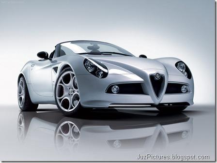 Alfa Romeo 8C Spider 5