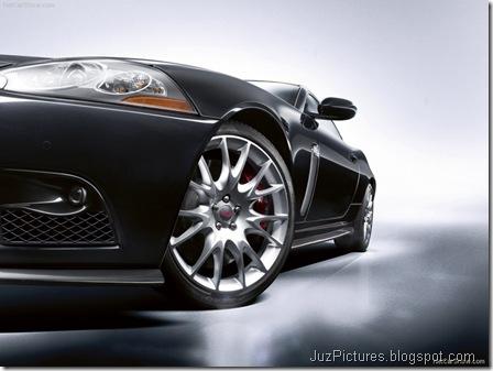 Jaguar XKR-S - Front19