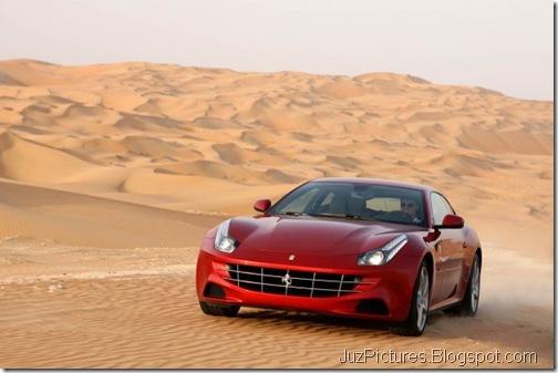 Ferrari-FF-0