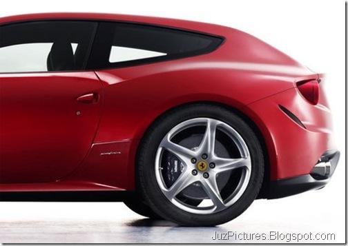 Ferrari-FF-1