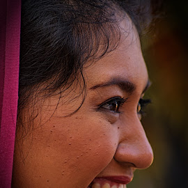 smile by Hartono Wijaya  - Novices Only Portraits & People ( woman, people,  )