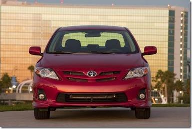 3512011 Toyota Corolla Debuts at LA Auto Show