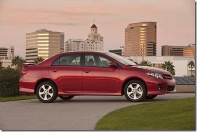 2011 Toyota Corolla Debuts at LA Auto Show 1617057992870441714