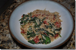 Whole Wheat Orzo with Spinach, Sundried Tomatoes and Garlic