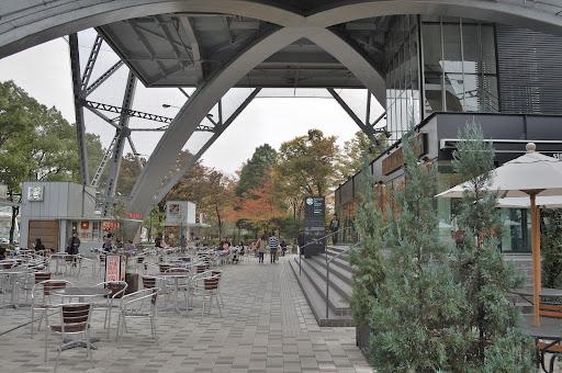 名古屋テレビ塔の下の写真