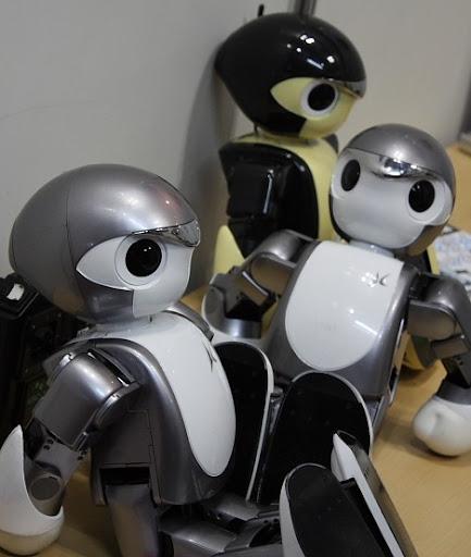 Гуманоидные роботы-спортсмены Manoi